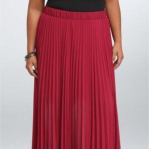 Torrid Sz2 PLEATED CHIFFON MAXI Skirt